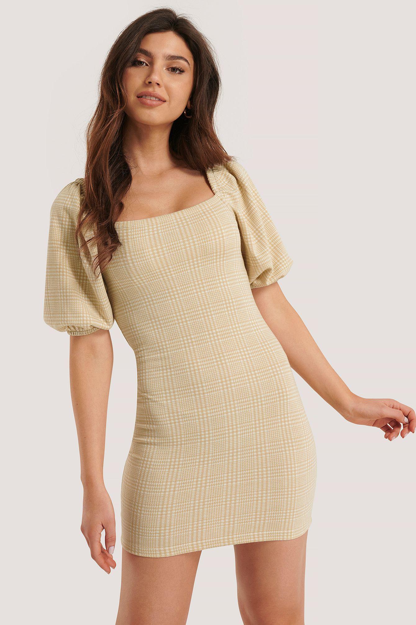 Kleid Mit Puffärmeln Beige in 14  Alltagskleider, Karokleid