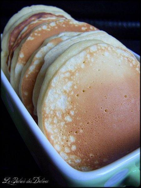 Pancakes super épais, super moelleux pour un petit déjeuner de reine   Recette   Recette dessert ...