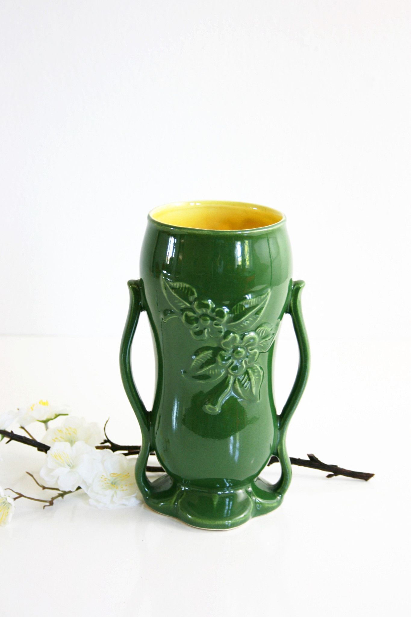 Vintage mid century red wing pottery vase in green and yellow vintage mid century red wing pottery vase in green and yellow reviewsmspy