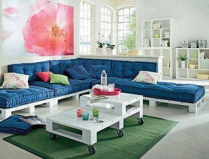 Sillones y mesa echos con tarimas living reciclados - Sillones con palets reciclados ...