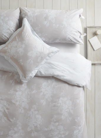 Holly Willoughby Aimee Bedding Stores Holly Willoughby At Bhs Collection Pinterest Products Bedding And Holly Willoughby