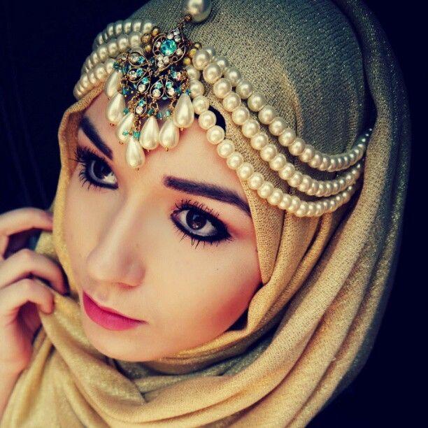hijab jewellery design (13)