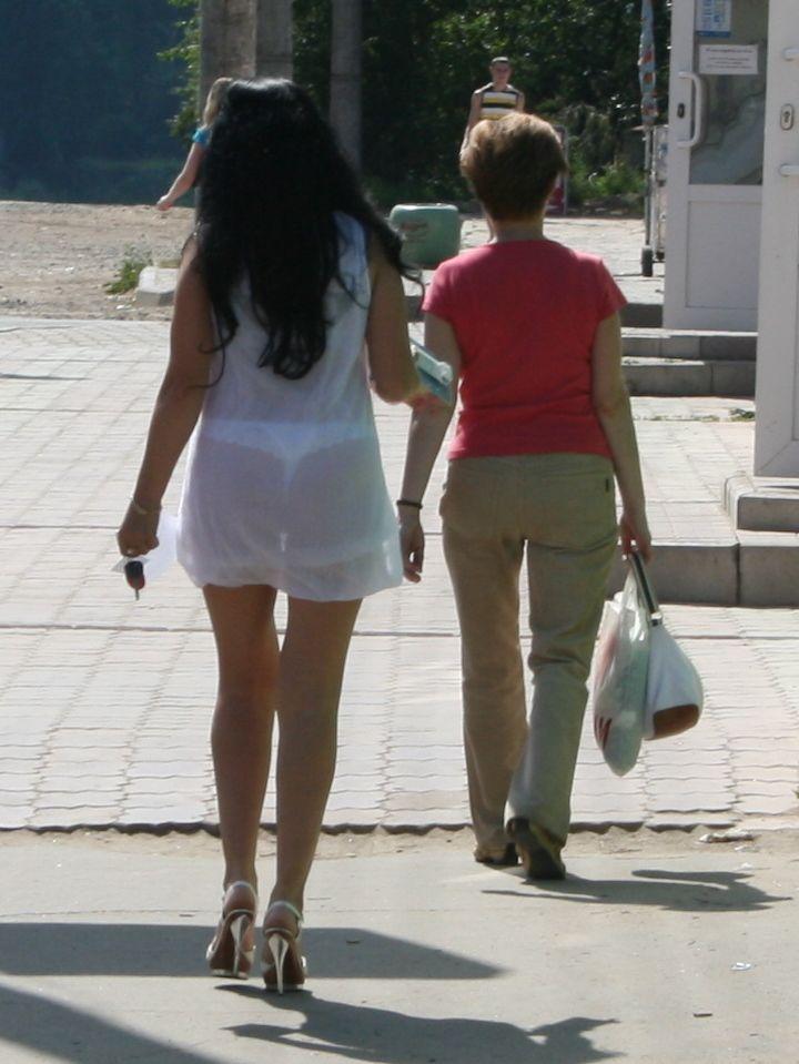 искали портал, девки на улице в прозрачном говорит психопатологиичто психопатология