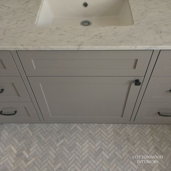 Bathroom Herringbone Carrara Marble Mosaic Floor Tiles