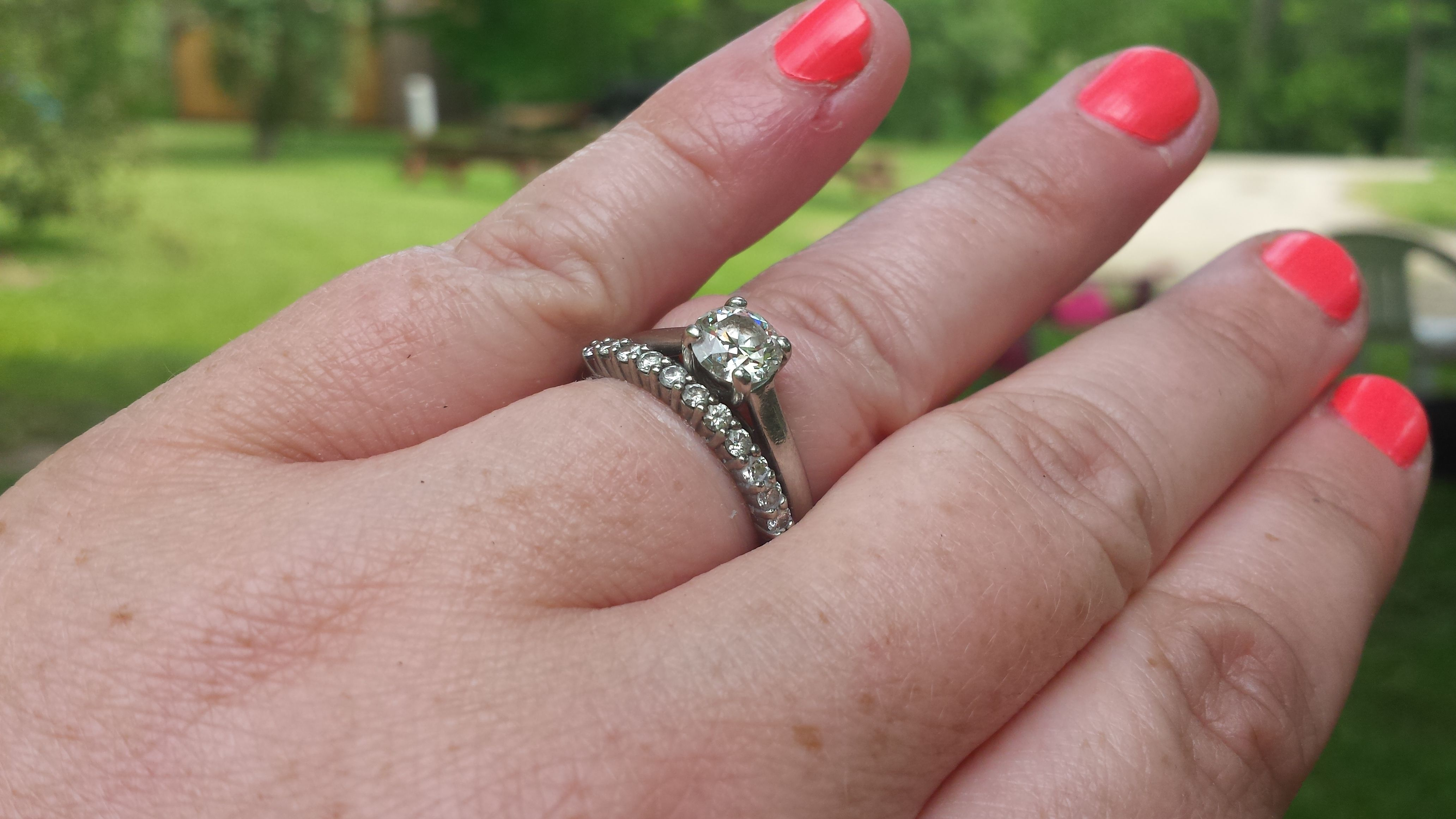 POST PICS OF YOUR SPARKLIES - Weddingbee | Page 23 | Engagement ring ...