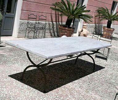 Basi In Ferro Per Tavoli Da Giardino.Tavolo Realizzato Utilizzando Come Base Una Antica Branda Militare