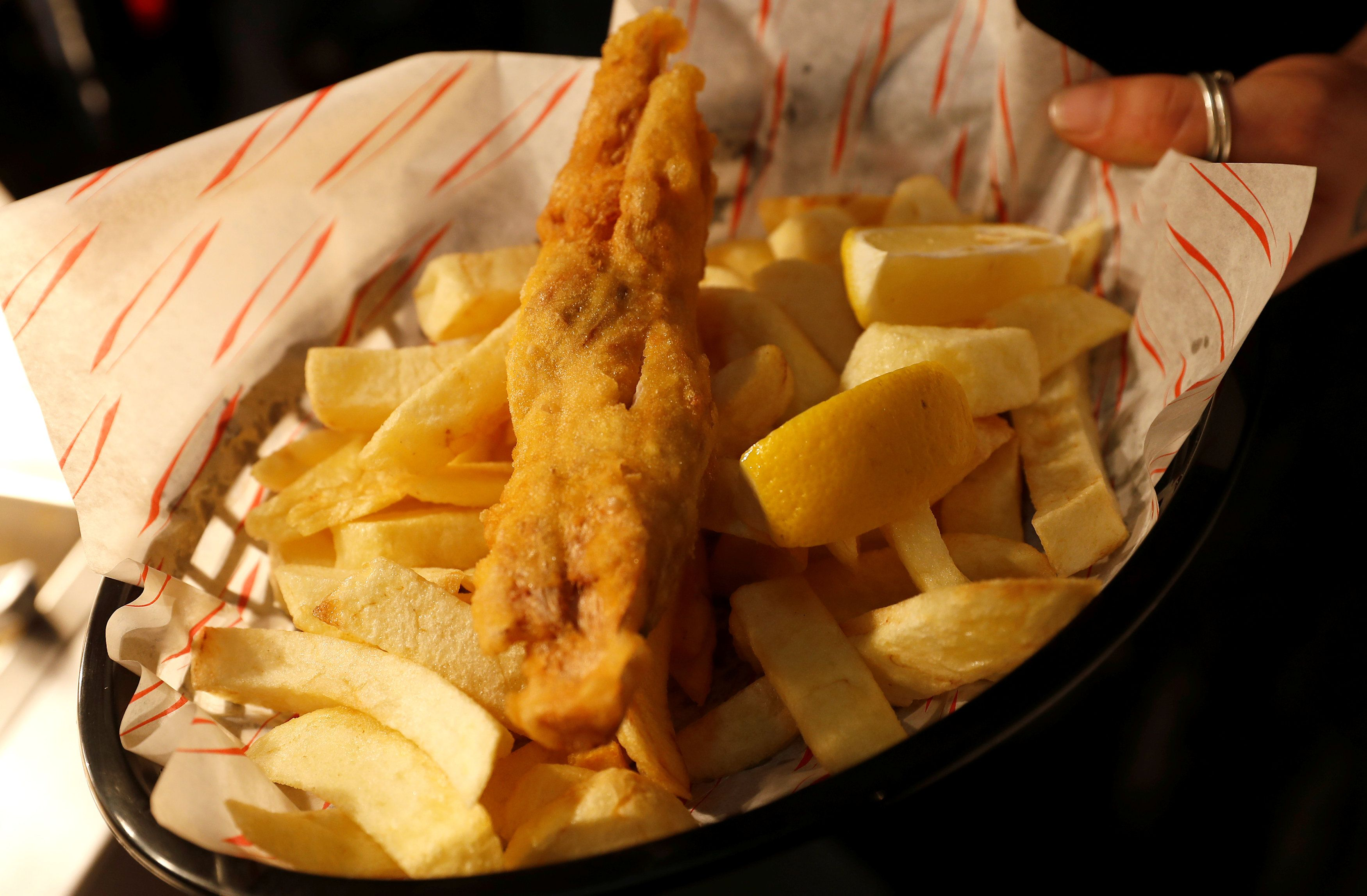 A Sutton And Sons Vegan Fish And Chips Serving Is Seen In Their Restaurant In Hackney London Vegan Fish Vegan Fish And Chips Fish And Chips Restaurant