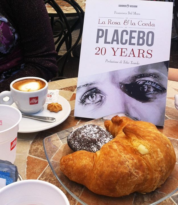 #Placebo #BrianMolko #ADVOCATE1612 (626×720)