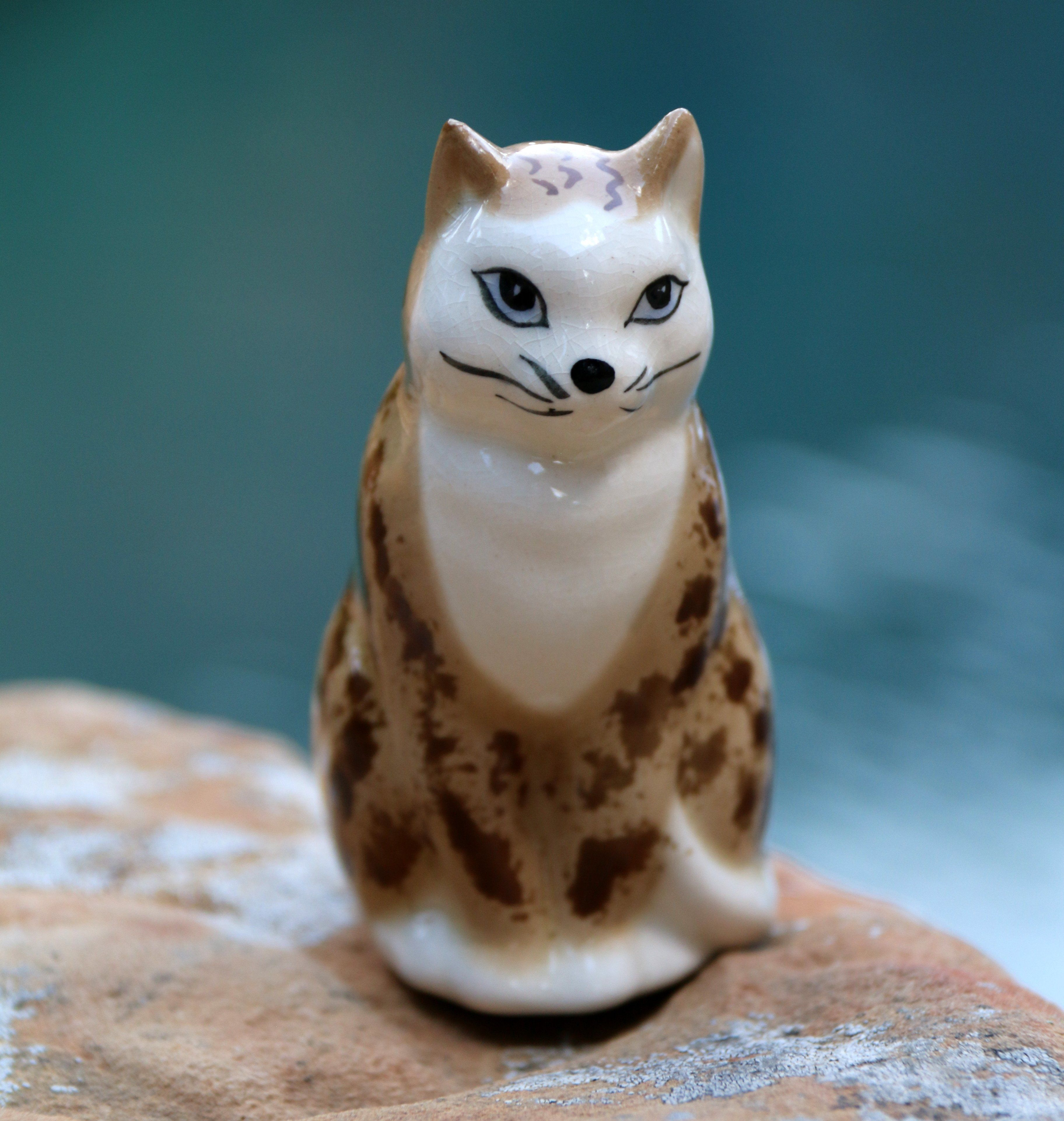 Szeiler Hungarian Designed Ceramic Cat Made in England
