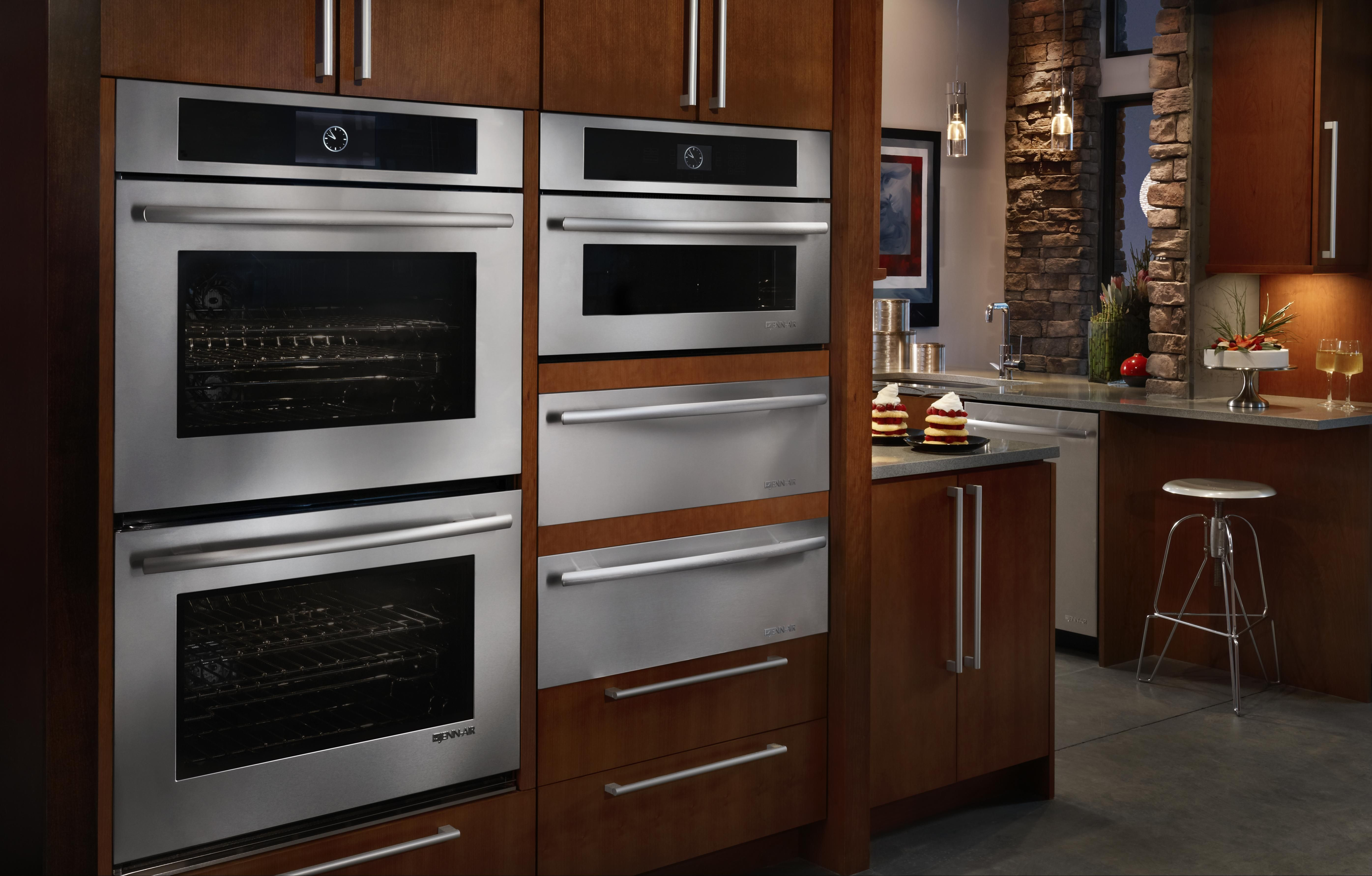 Double wall oven with JennAir's Culinary Center (amazing