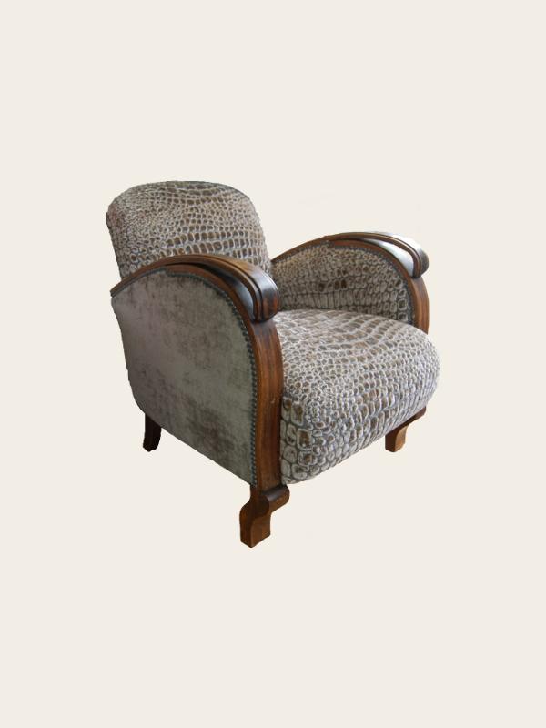 simon j gou artisan tapissier nantes tr s joli mod le de fauteuil ann es 30 pi ce plut t. Black Bedroom Furniture Sets. Home Design Ideas