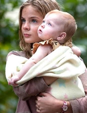 The Walking Dead ... Lizzie and Judith