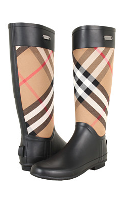 burberry boots. i m in love!   Z a P a T o S   Burberry boots, Boots ... d393fdc1bd9