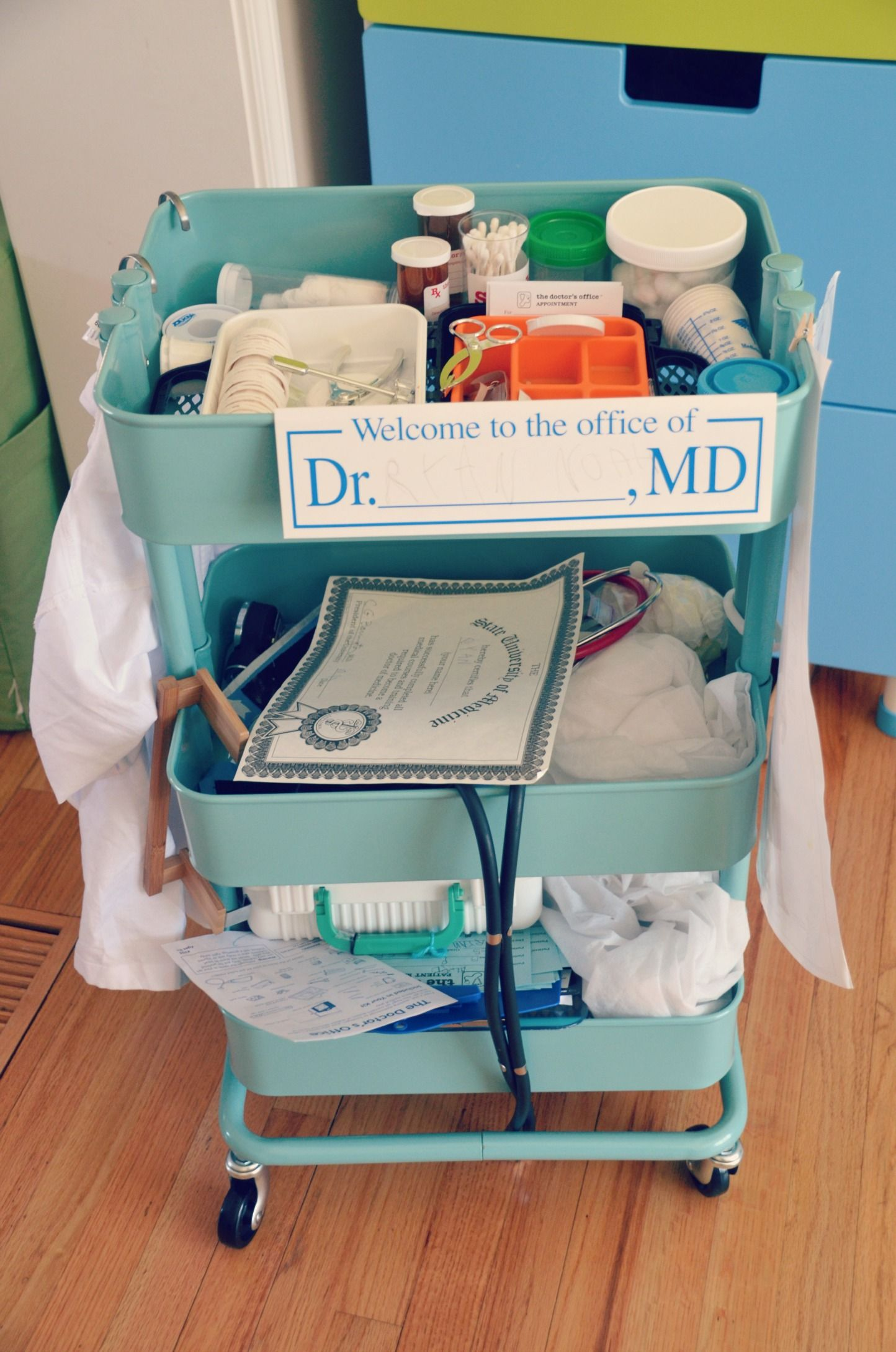 Amazing pretend play doctor\'s cart | kids proyects | Pinterest ...