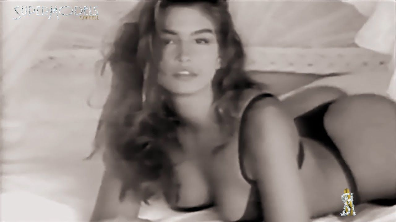 Cindy Crawford Marco Glaviano 1989 By Supermodels