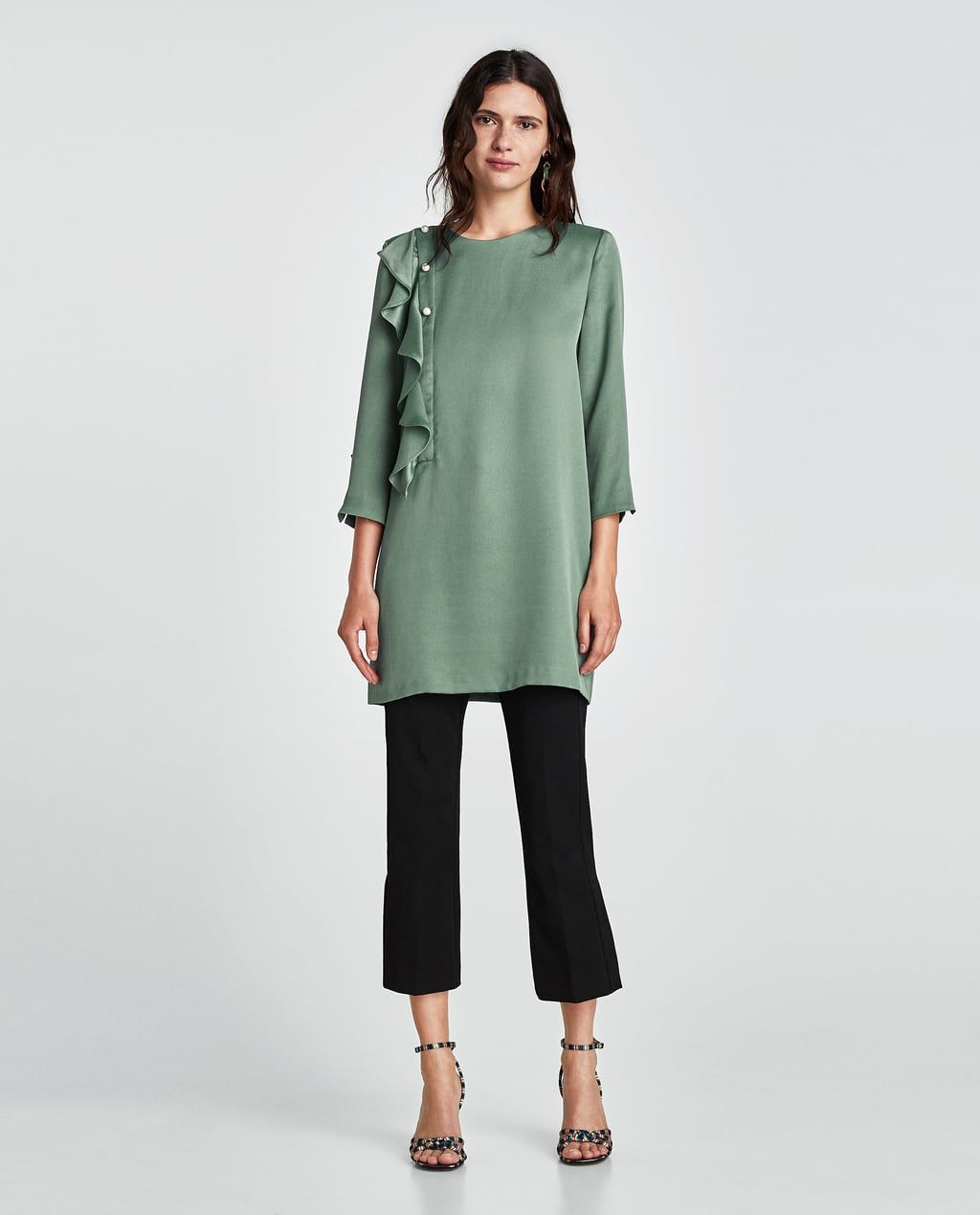 77550b94211 20 Styling Tips We re Stealing From Zara s New Arrivals  refinery29