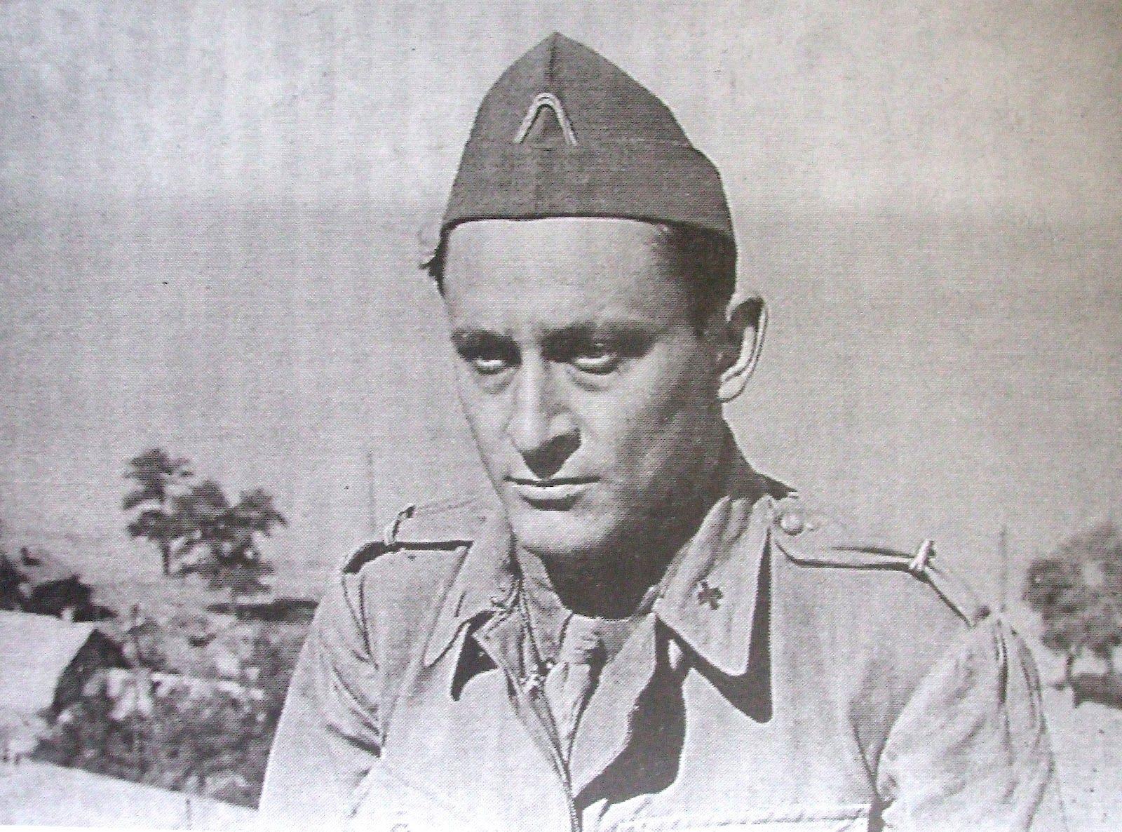 Dr. Ioan Jak Rene Juvara(n.2 ianuarie1913,București- d.18 februarie1996, București) , pe frontul de Est.