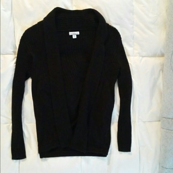 NWOT! Croft & Barrow black sweater New without tags - Croft& Barrow women's black open style sweater,  size medium.   Washed, but never worn.   Comes from a smoke-free home. Croft & Barrow Sweaters