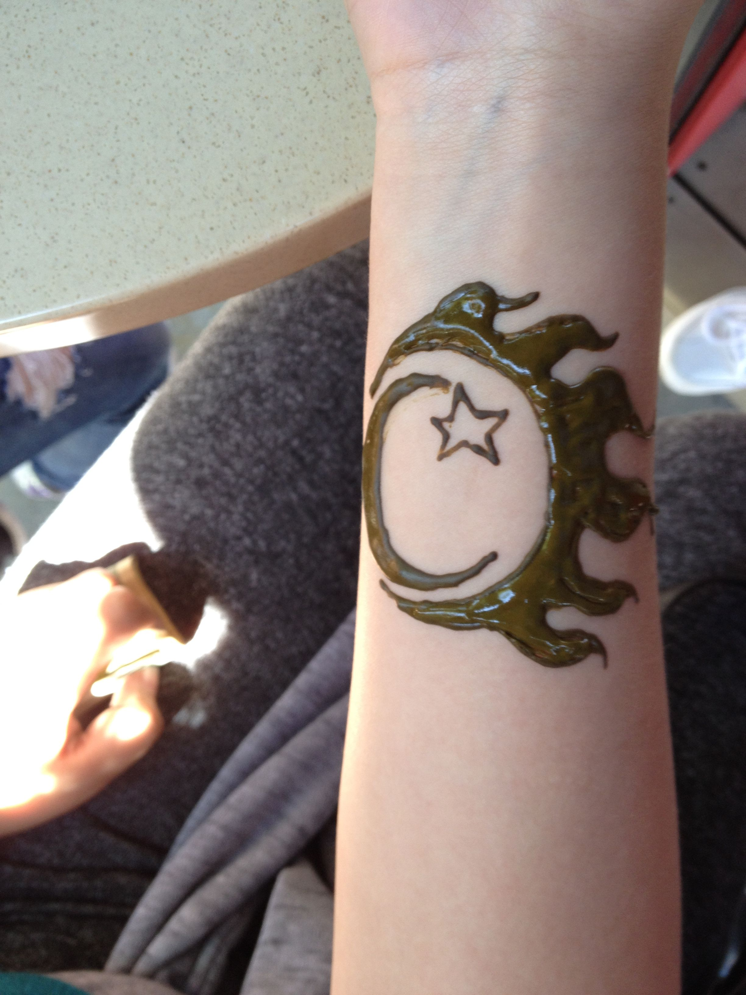 Sun Moon And Stars Henna Jordan Toczek Henna Designs Henna