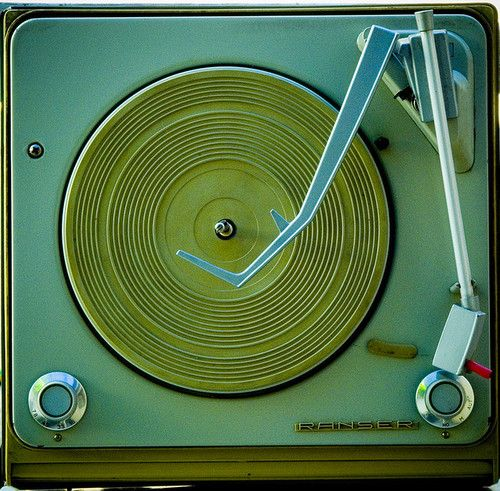Old Phonograph Aka Record Player Vintage Records Old Record Player Record Players