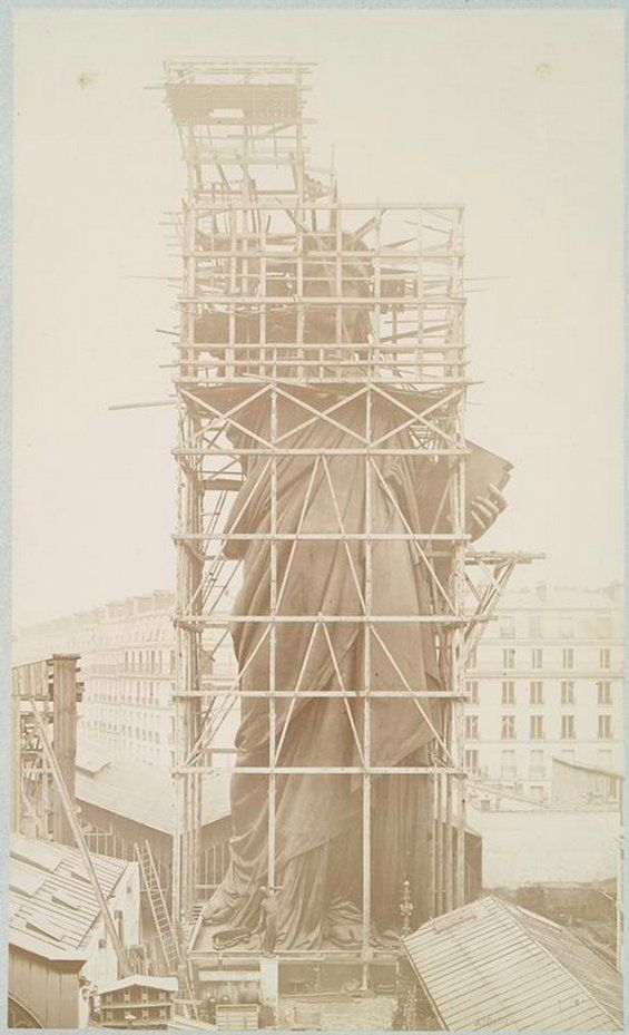 Building the Statue of Liberty in Paris