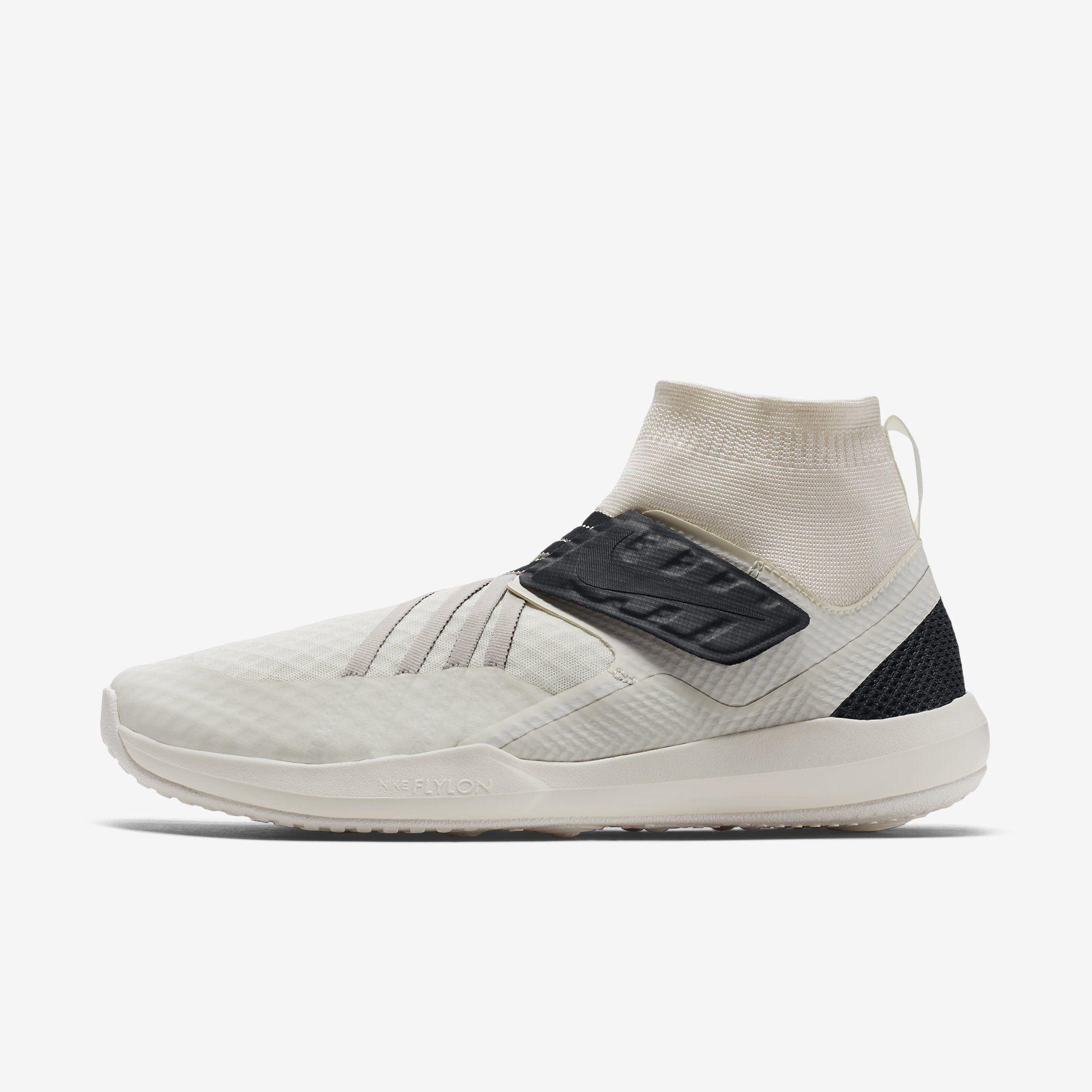 negozio nike per scarpe, abbigliamento & attrezzatura a calci