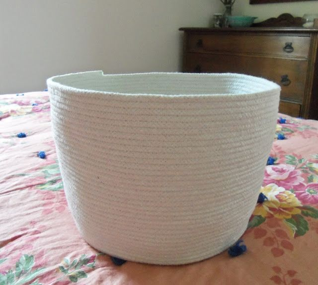 Clothesline basket- fun project to make, and the result is great (& usable!)