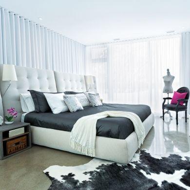 Rideaux ondulants dans la chambre à coucher Décoration chambre