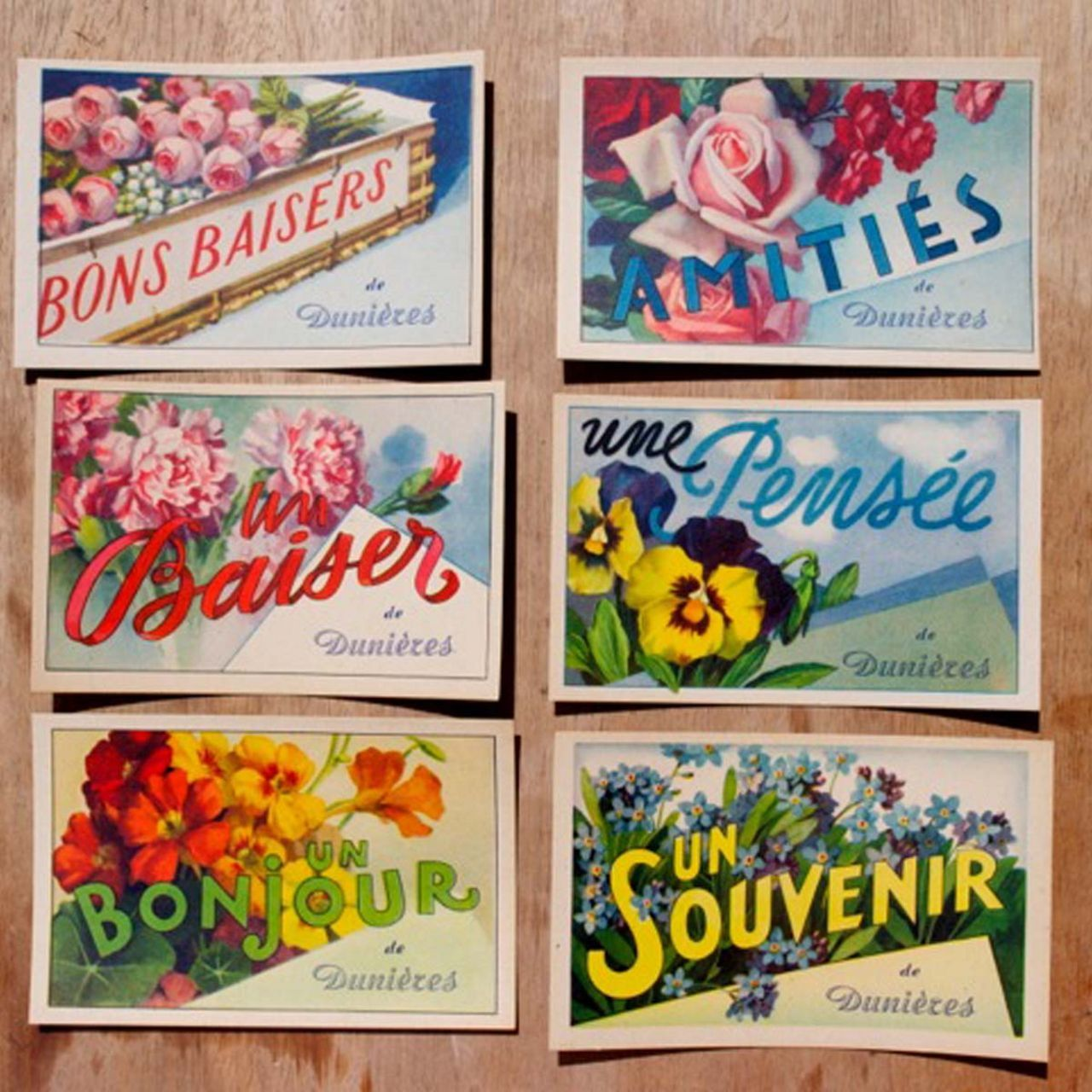 1930s postcards from the Loire