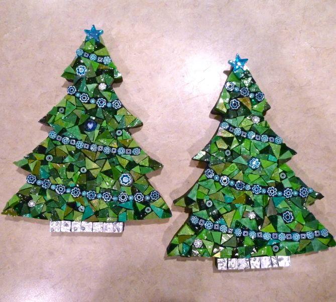 Pin By Dyan Cross On Mosaic Christmas Mosaics Tree Mosaic Mosaic Crafts