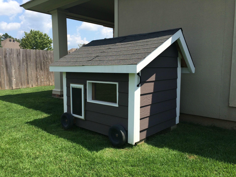 Built A Doghouse Dog Houses Dog House Plans Dog House With Ac