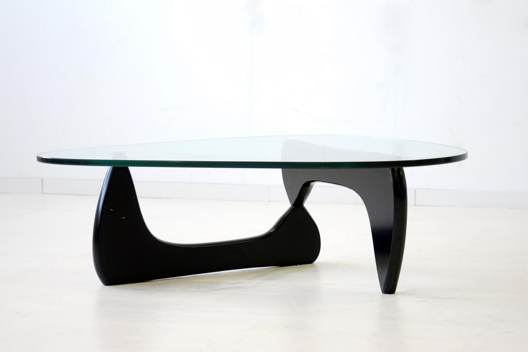 Glass Coffee Table By Isamu Noguchi For Herman Miller 1960s 1 Jpg 1 800 1 200 Pixels Noguchi Coffee Table Isamu Noguchi Noguchi [ 1200 x 1800 Pixel ]