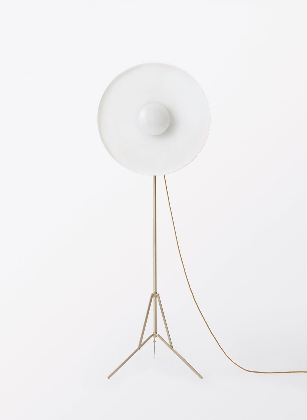 Parabola white floor lamp with adjustable base in opaque brass