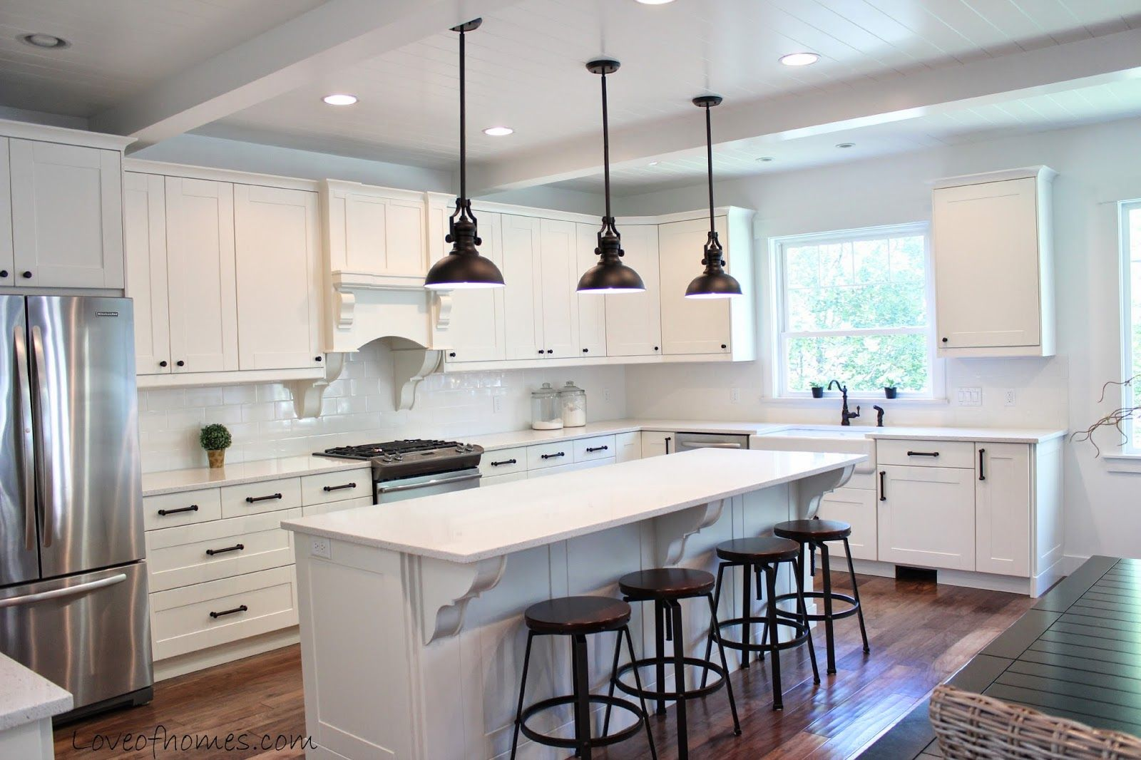 LOVE OF HOMES: Kitchen Remodel {REVEAL} love the ceilings & pendant ...