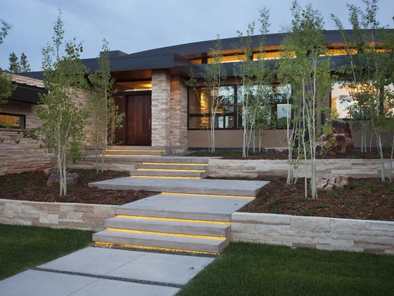 Contemporary Outdoor Step Lighting