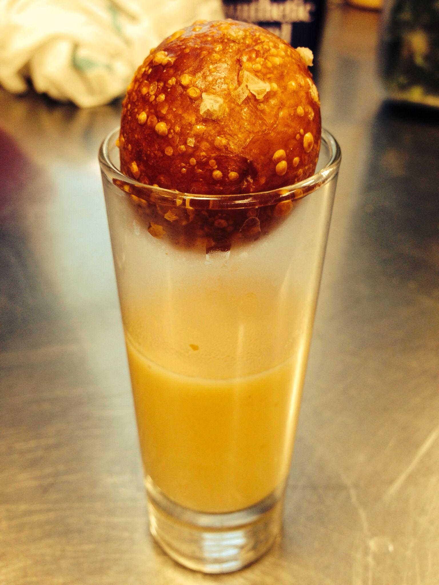Pretzel and beer cheddar soup!   Food & Drinks   Pinterest