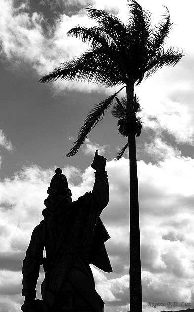 Profeta Obadias Fonte:http://cronicasmacaenses.com/2013/04/06/santuario-do-bom-jesus-do-matosinhos-congonhas-minas-gerais-brasil/