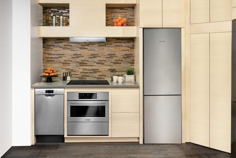 Bosch B10CB80NVS 24 Inch Glass Door Refrigerator