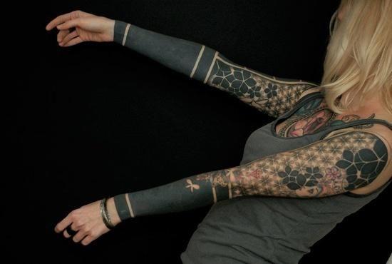 Geometric Tattoos Photo Black Sleeve Tattoo Sleeve Tattoos For Women Full Sleeve Tattoo Design