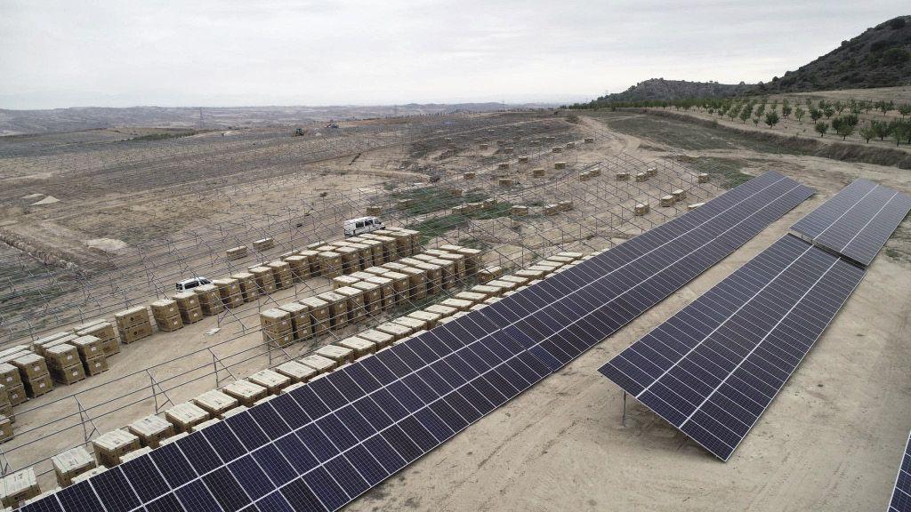 The Weekend Read The Sun Mine Pv Magazine International Solar Farm Solar Solar Energy Companies