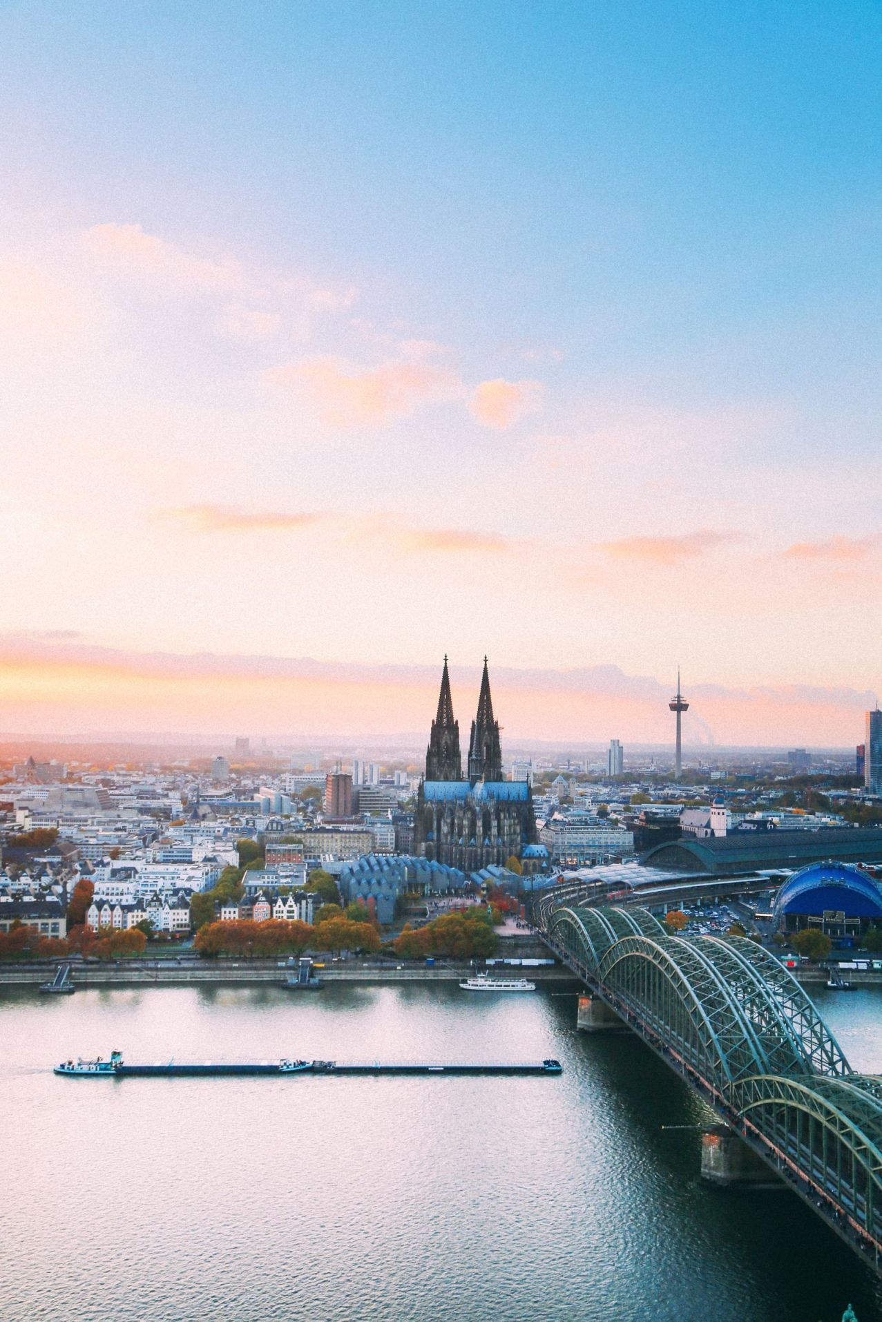 Your Essential Guide To Visiting Las Vegas: 10 Of The Best Things To Do In Cologne (Your Essential