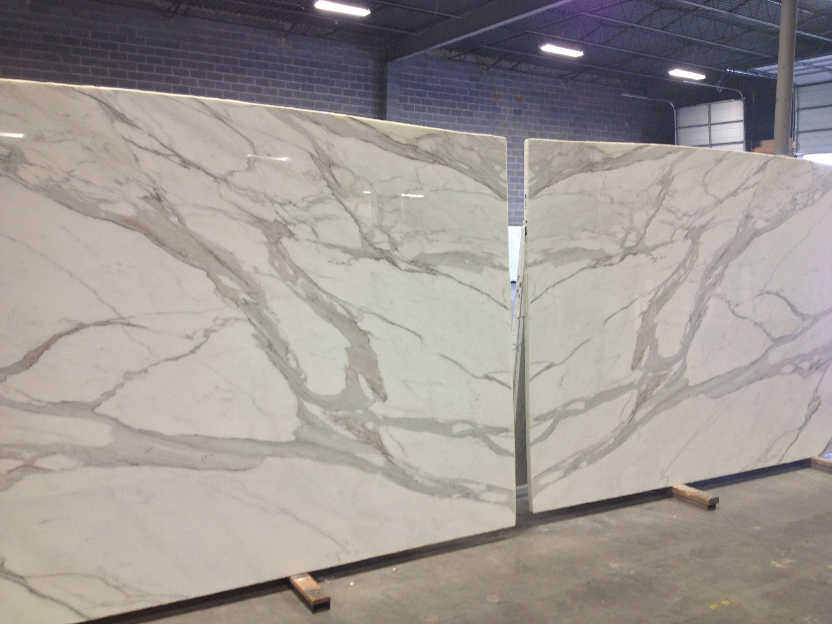 Book Matched Calacatta Borghini Marble Slabs Kitchen Countertops Countertops Rustic Counter