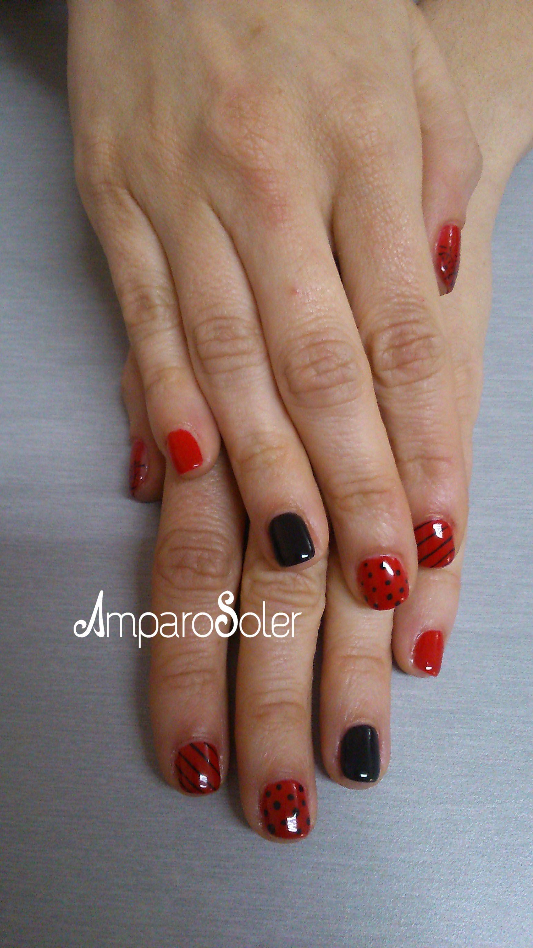 Esmalte semipermanente rojo Ferrari de Fantasy Nails y decoración ...