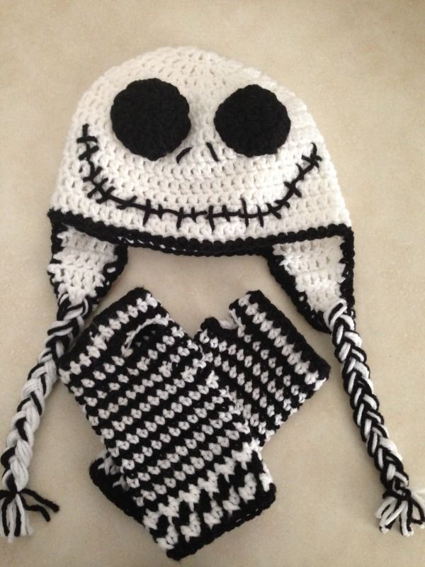 Jack Skellington hat and wristers - CROCHET  7aba706447d