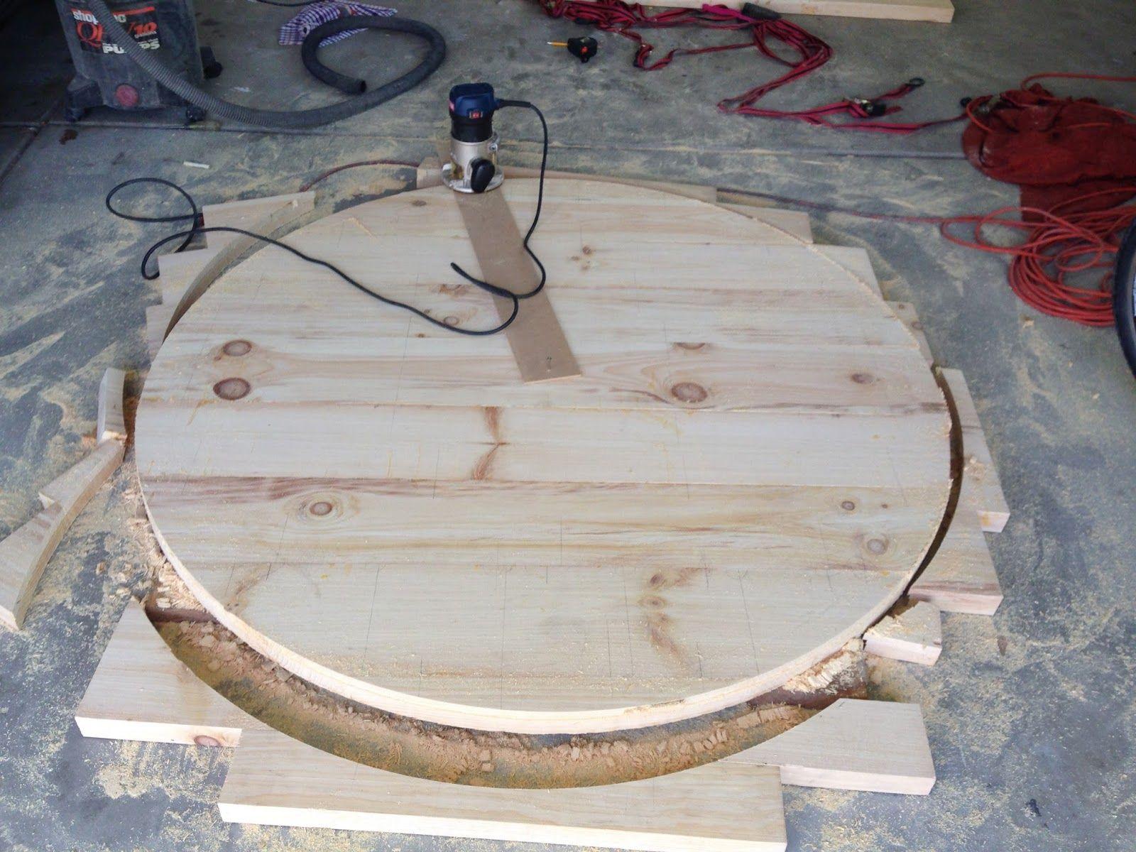 Do it yourself divas diy round restoration hardware table and do it yourself divas diy round restoration hardware table and gray wash stain solutioingenieria Gallery
