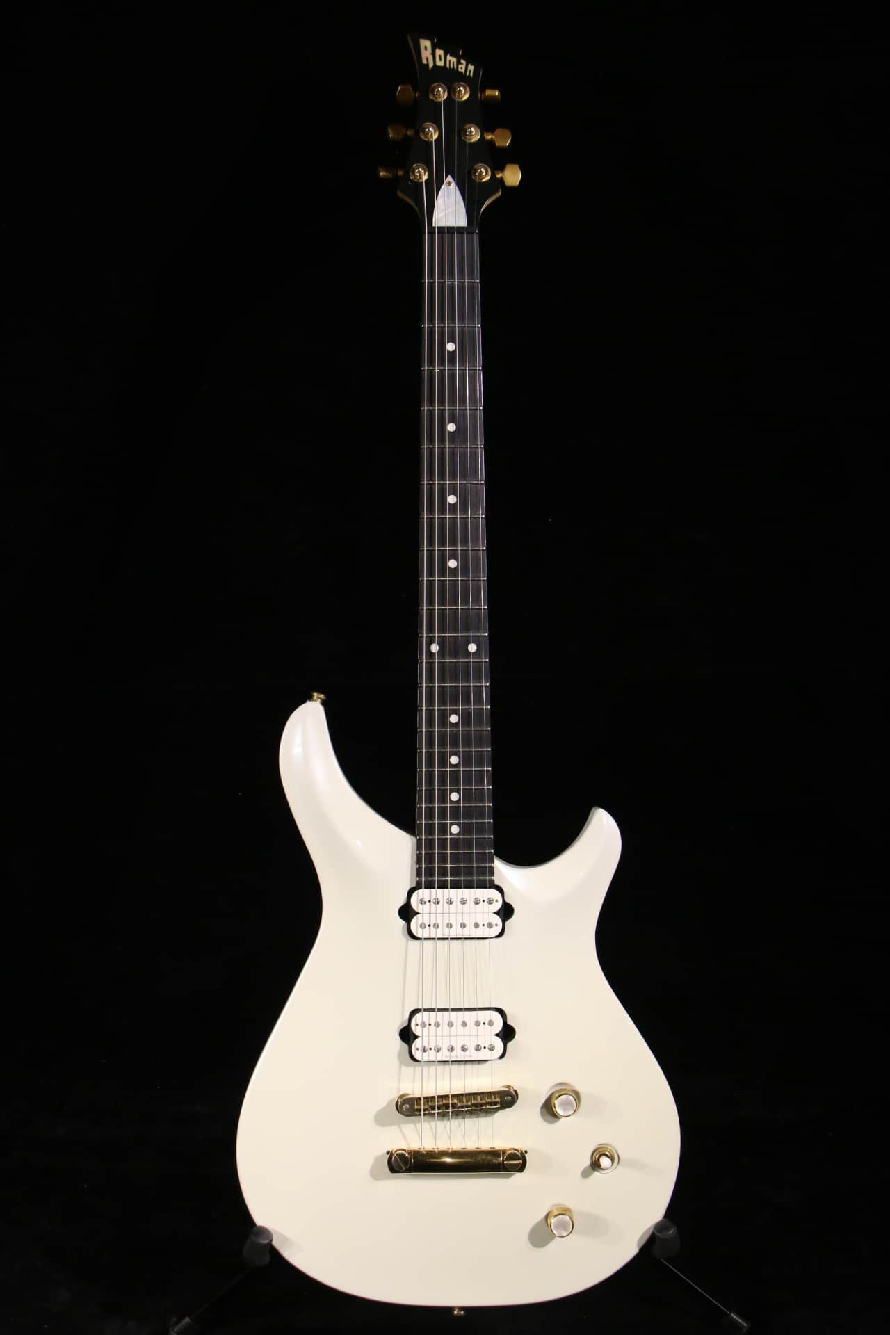 Reference no: 100370 Body Wood: Alder Neck and fingerboard wood