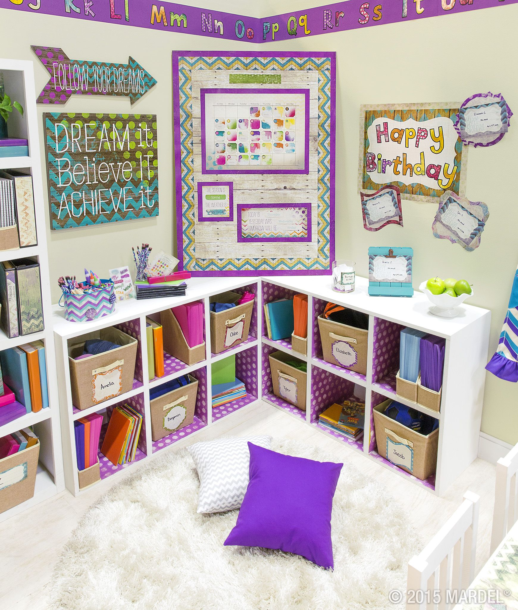 Decorating Elementary Classrooms ~ Retro chic classroom décor inspired by the sweet shades