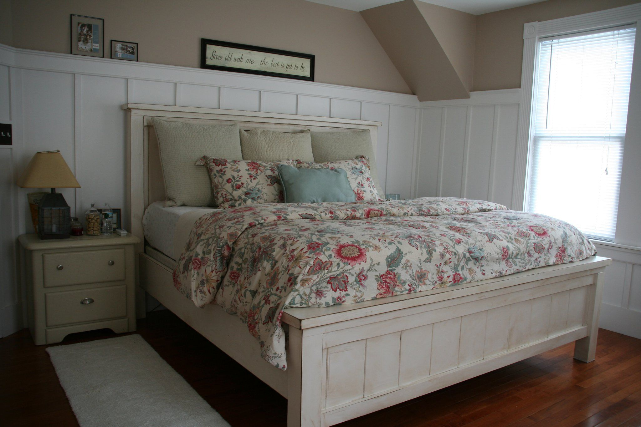 Best King Farmhouse Bed Do It Yourself Home Projects From Ana 640 x 480