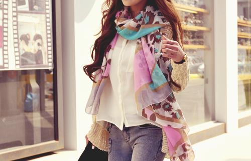 love the scarf!   Tumblr_m26qiuln2k1qems3lo1_500_large