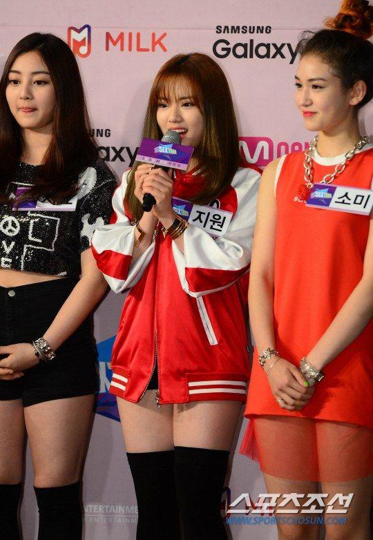 [PRESS] 2015.04.29 — Jihyo, Jiwon & Somi <SIXTEEN> Press Conference © sports.chosun.com